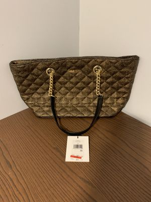 NEW !! CALVIN KLEIN CK GOLD AND BLACK POCKETBOOK HANDBAG for Sale in Ronkonkoma, NY