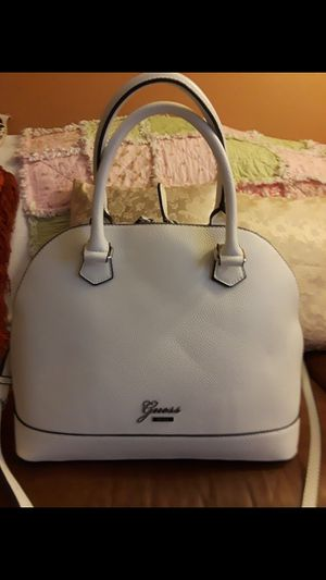 GUESS PURSE LARGE NEW NO TASG AND WALLET for Sale in Riverside, CA