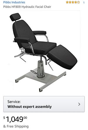 Massage table for Sale in Fresno, CA