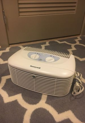 HEPAClean Compact Air Purifier (HHT-011) for Sale in Rockville, MD
