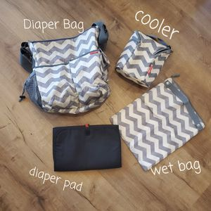 Skip Hop Diaper bag & accessories for Sale in Scottsdale, AZ