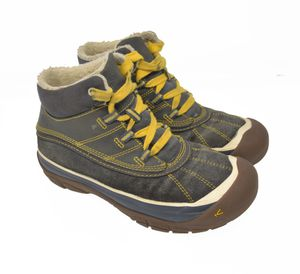 KEEN Kids Womens Sz 3 EU 35 Cute Comfort Trail Hiking Boots for Sale in Aurora, IL