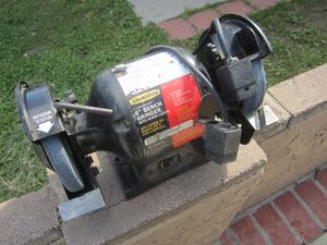 "Delta bench grinder 6"" 1/4 H.P. model 23-680 3500 rpm for Sale in Simi Valley, CA"