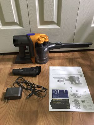 Dyson DC34 Handheld Cordless Vacuum for Sale in Blue Bell, PA