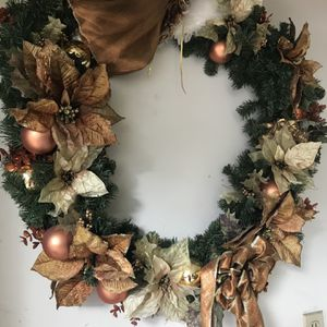 Large Beautiful Christmas Wreath, Christmas Vase, & Christmas Candle Holder for Sale in Hilliard, OH