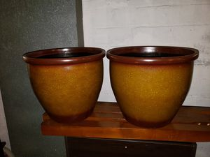 Big flower/plant pots for Sale in Cleveland, OH