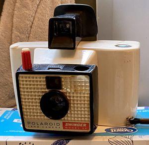 Swinger model 20 - Polaroid land camera for Sale in Charlotte, NC