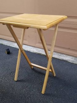 Solid Wood Tray Table In Great Condition Asking Only $15 for Sale in Everett,  WA