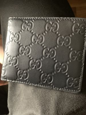 Gucci wallet for Sale in Hendersonville, TN