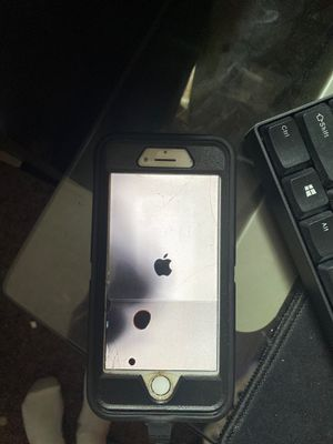 Used unlocked IPhone 7 for Sale in Hazelwood, MO