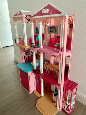Casa Barbie for Sale in Spring, TX