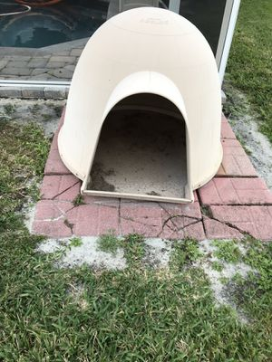 Dog House for Sale in Orlando, FL