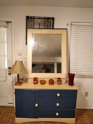 """Nice ASHLEY FURNITURE dresser with big mirror and drawers in good condition all drawers working well, driveway pickup. L48""""*W155""""*H30"""" for Sale in West Springfield, VA"""