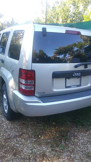 09 jeep liberty parting out for Sale in NEW PRT RCHY, FL