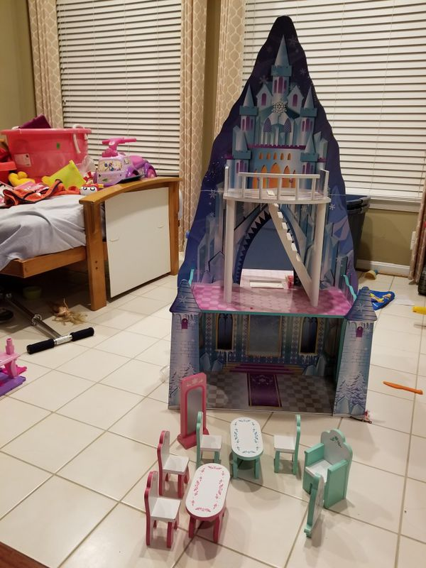 Princess and ice Castle Doll house