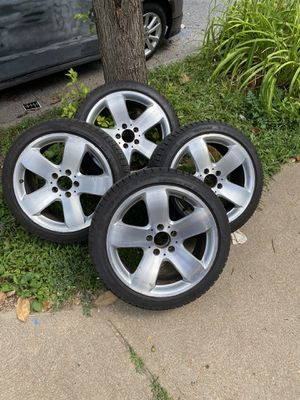 New 215/45R17 set of 4 for Sale in Florissant, MO