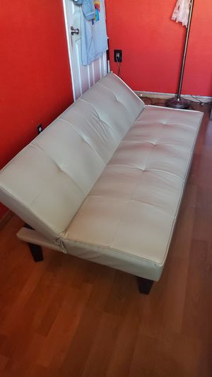 Bed Futon Couch for Sale in Hanford, CA