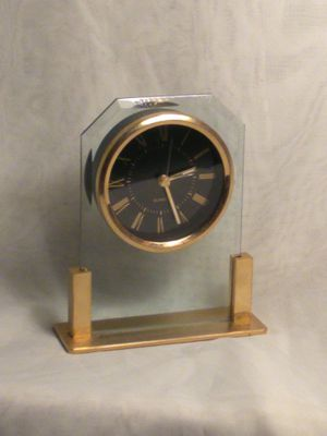 Vintage Quartz Bedside Desk Mantle Clock Gold Tone With Alarm for Sale in Port Huron, MI