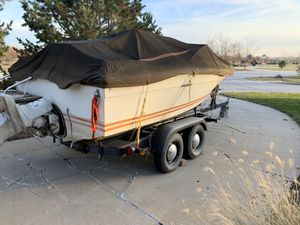1977 SEA RAY BOAT 17' and 2 AXLE TRAILER for Sale in Waterloo, NE