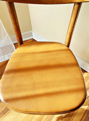 Wooden Shelby Williams Industries MCM chairs (4) with leather seat cushion. for Sale in Wilmington, DE