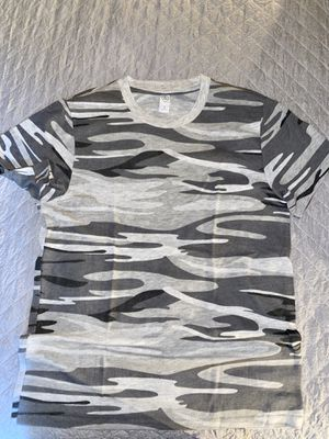 Alternative Apparel Camo t-shirt. for Sale in New York, NY