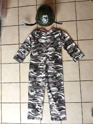 Army Camouflage Costume w/ Hat - size 4/6 for Sale in Bethlehem, PA