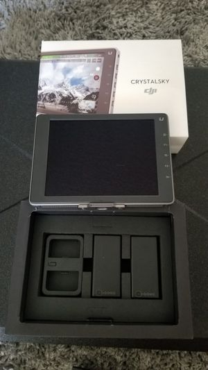 DJI CrystalSky Ultra bright for Sale in Los Angeles, CA