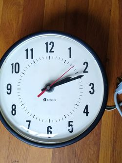 "Simplex 10"" Clock Vintage School Plastic for Sale in Portland,  OR"