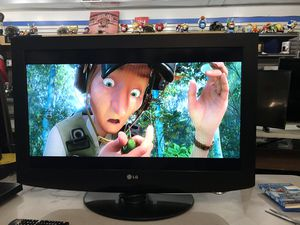 """32"""" LG LED HDTV for Sale in Baltimore, MD"""