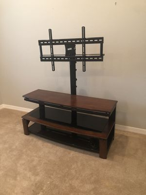 "Up 60"" TV stand perfect condition for Sale in Tampa, FL"