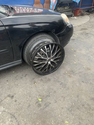 Rims size 22 for Sale in Los Angeles, CA