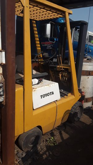 Toyota forklift for Sale in Melrose Park, IL