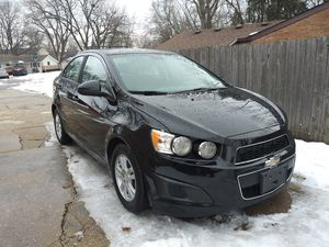 2012 CHEVY SONIC for Sale in Bolingbrook, IL