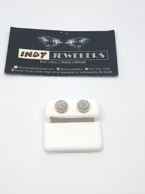 10Kt gold diamond ear rings low price for Sale in Indianapolis, IN