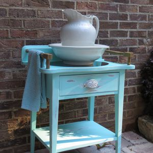 Antique Wash Stand - Distressed for Sale in Spartanburg, SC