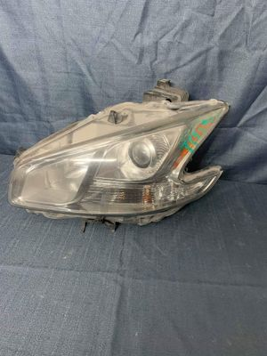 2009 2010 2011 2012 2013 2014 2015 Nissan Maxima Left Headlight Driver Side for Sale in Fontana, CA