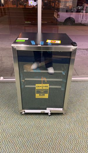 BRAND NEW FRIGIDAIRE FFBC4602QS BEVERAGE CENTER OO for Sale in Hawthorne, CA