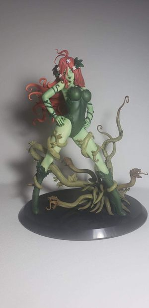 Poison Ivy Collectable Action Figure for Sale in Tempe, AZ