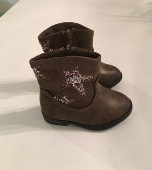 Tiny cowboy boots for girl size 4 for Sale in Miami Lakes, FL