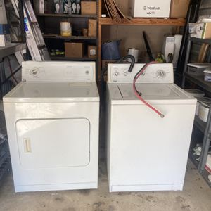 Kenmore Matching Washer And Dryer Set, Laundry, Household for Sale in Mansfield, TX
