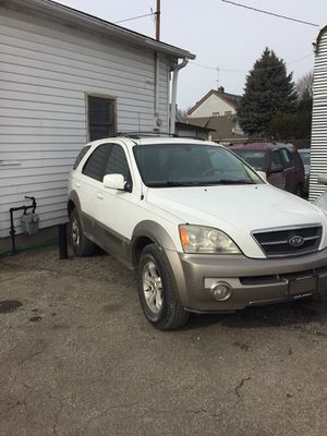 2004 KIA SORRENTO - $4,750 for Sale in Cleveland, OH