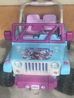 Power Wheels Disney Frozen Jeep Wrangler 12V for Sale in Fort Lauderdale,  FL