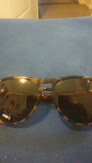 Tom ford sunglasses for Sale in Laveen Village, AZ
