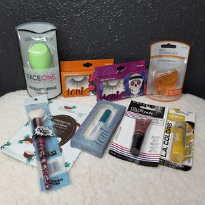 Beauty Bundle for Sale in Stockton, CA