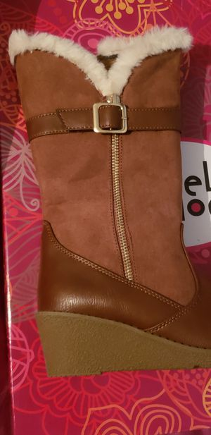 Rachel girl boots size 3 for Sale in North Charleston, SC