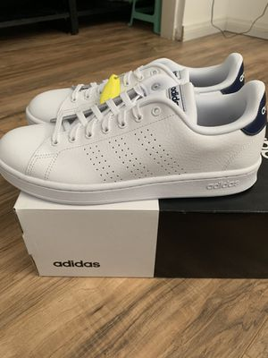 Adidas Men's Shoes Sz 10 All White Brand New NWT for Sale in Las Vegas, NV