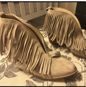 Suede fringe booties Size 7. Never been worn. for Sale in Thornton, CO