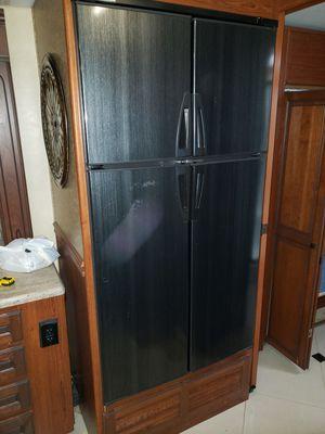 RV 12volt/ propane powered refrigerator for Sale in Charleston, AR