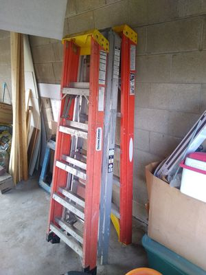 Ladder 6 foot for Sale in East Peoria, IL