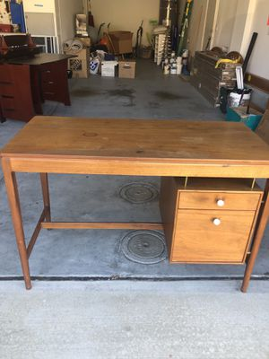 Mid century Desk for Sale in San Diego, CA